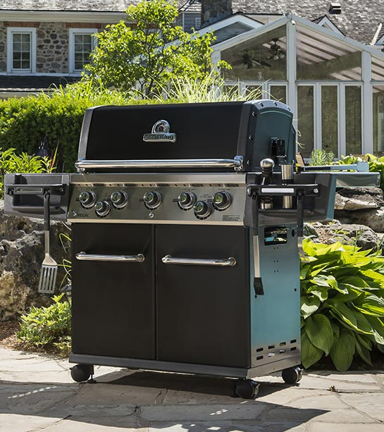 Barbecue à gaz 5 feux Broil King REGAL 590 Noir
