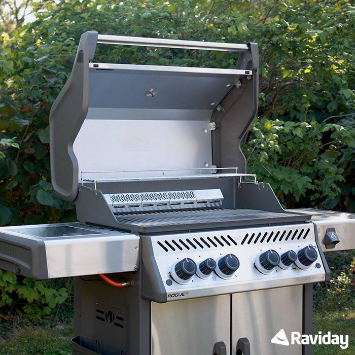 Raviday présente Barbecue à gaz Napoleon ROGUE 525 SIB Édition Spéciale