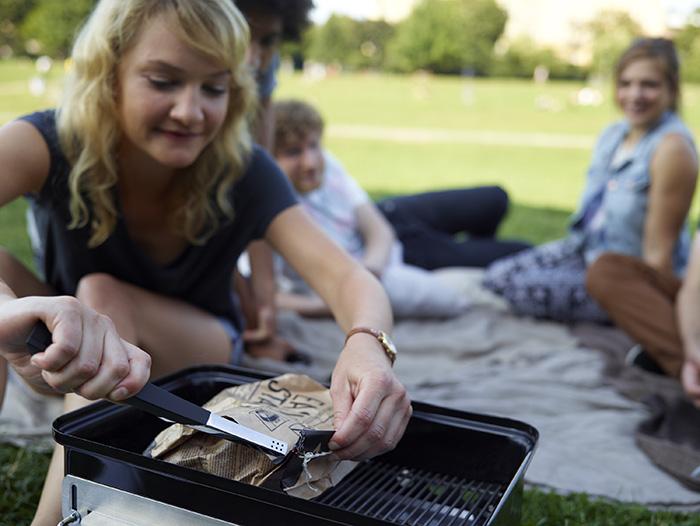 Caractéristiques du mini barbecue charbon Go Anywhere