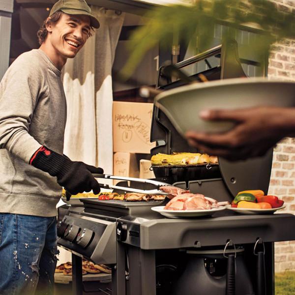 Barbecue Weber à gaz Genesis II E-310 GBS Smoke Grey jardin terrasse