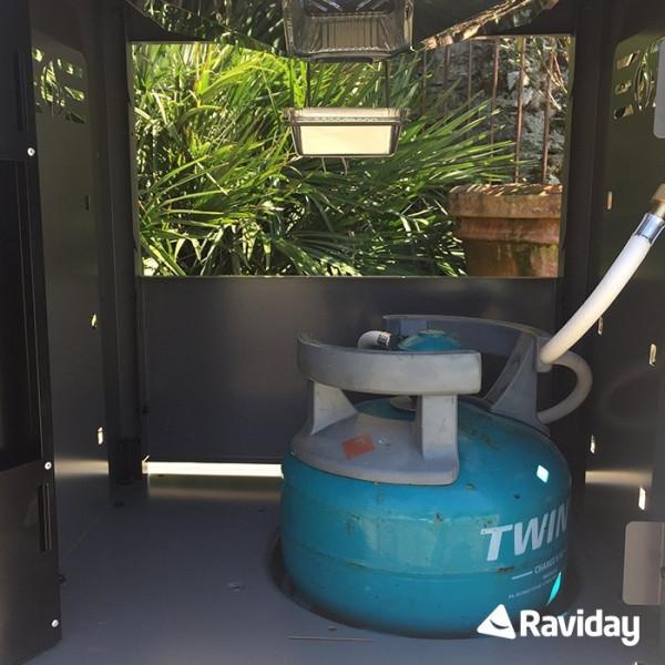 Emplacement bouteille de gaz Barbecue à gaz Napoleon ROGUE 425 SB