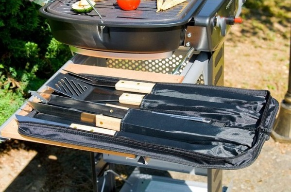 ustensiles accessoires barbecue ambiance